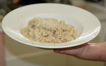 Walnut-Garlic Fusilli
