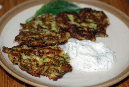 Zucchini cakes with yogurt sauce