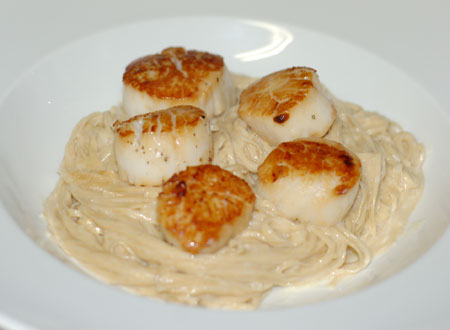 Scallops with rosemary beurre blanc and taglierini