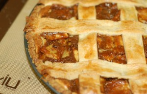 Caramel Apple Cheesecake Crostata