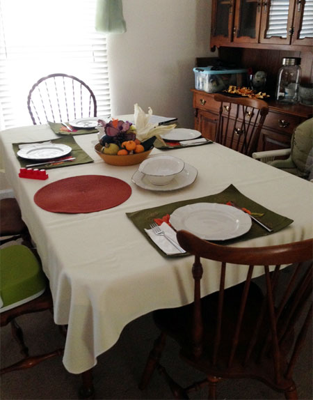thanksgiving_table2014