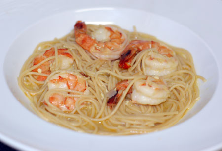Presto Pasta Night: Prawns and Noodles in Thai Coconut Broth